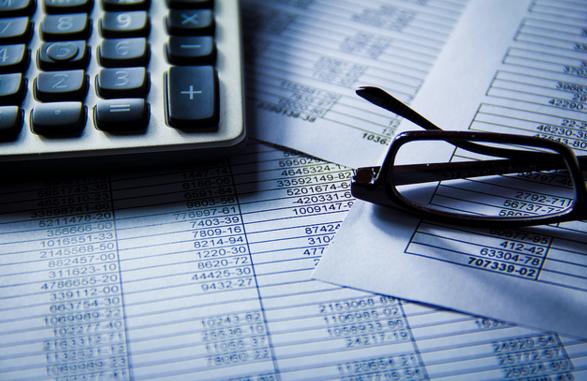 Dinero vs. Billys regnskabsprogram – hvad skal jeg vælge?