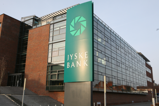 Jyske Bank vil ikke give erhvervskonto til virksomheder uden revisor